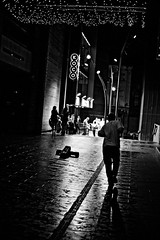 Off Fleet St. (Chris JL) Tags: uk blackandwhite bw lines night liverpool iso3200 lights photo movement cross candid streetphotography running enigma solo nightlife photoderue spnp fleetst koco photographiederue fotografadecalle fotografiadistrada nikkor50mmf18g nikond3s chrisjl