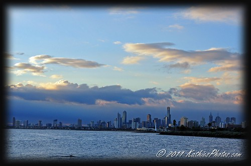 A view of the City of Melbourne from Elwood