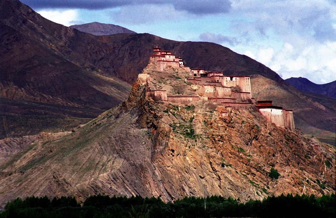 邓丽君歌曲(80首)..西藏美景 - 华山梅 - 华山梅欢迎您