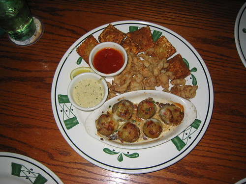 Olive Garden: Create A Sampler Italiano   Toasted Meat Ravioli, Calamari, Stuffed  Mushrooms