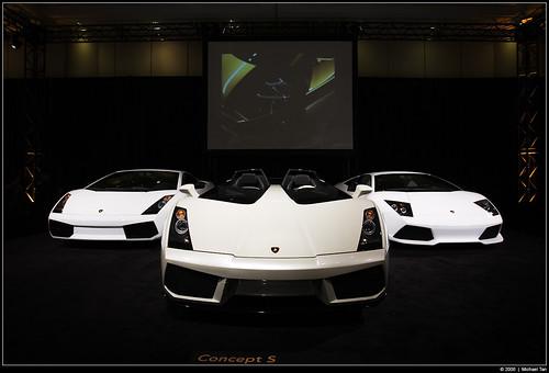 Lamborghini Concept S (centre) (by Tanner.)