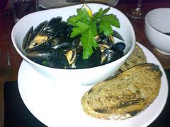 Thai steamed mussels at Diner 7, Leith, Edinburgh