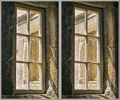 Balliolman_Old Window_X (Balliolman) Tags: window 3d cornwall superb stereo excellent crossed pendennis