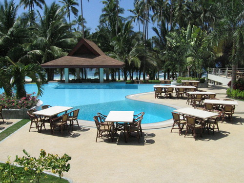 Piscina del Alona Palm Beach Resort