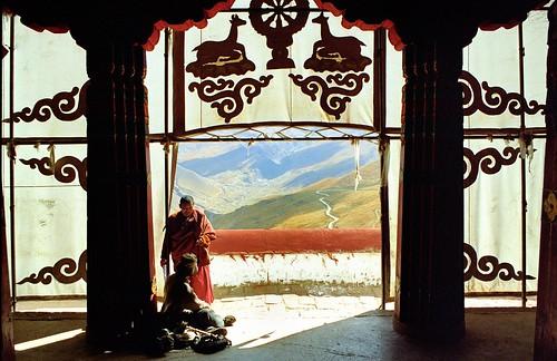 Ganden Gonpa Tibet by reurinkjan