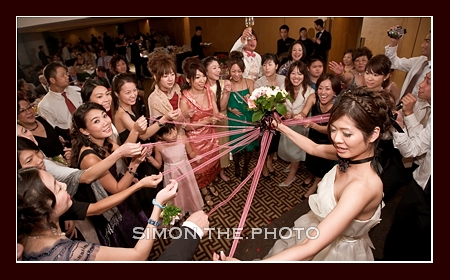 toss of bouquet - a japanese way