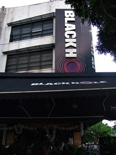 Blackhole Hartamas