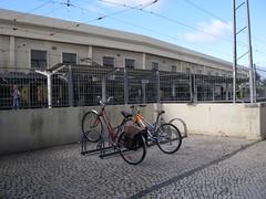 Novo estacionamento para bicicletas junto à estação de comboios de Oeiras