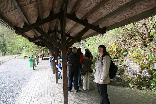 Waiting in line at Han cave entrance