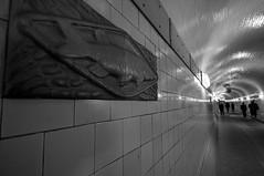 Alter Elbtunnel (augschburger) Tags: iso800 hamburg tunnel noflash hh landungsbrücken stpauli 2009 elbe elbtunnel lightroom hansestadt alterelbtunnel hansestadthamburg aperturef80 adobephotoshoplightroom nikond300 landungsbrcken ©augschburger jeffreyfriedlflickrexportplugin shutter⅛sek zeitautomatik lens1020mmf456 focallenght12mm hamburgtrip09