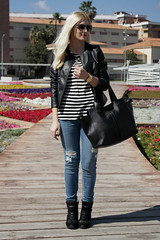 Urban- Basic (Doll Actitud) Tags: street white black girl fashion bag stripes ripped style blogger sneakers jeans mango destroyed parfois blythelifestyle