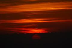 Sun Set (A. Saleh) Tags: sunset sun nikon d200 nikond200 asaad asaadsaleh nikon70300 specsky abigfave impressedbeauty wowiekazowie wwwasaadsalehcom