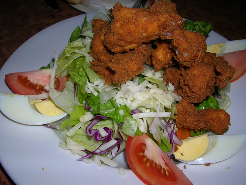 Cajun fried chicken salad