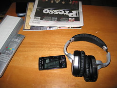 Nokia N958GB ja HF BH-604