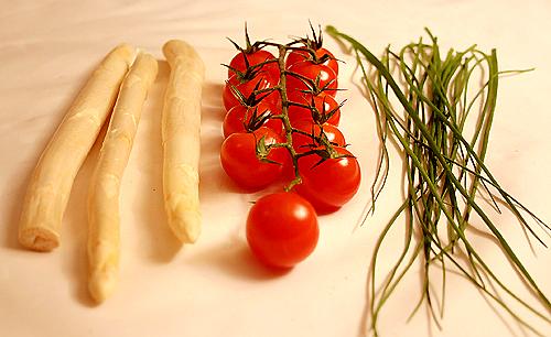 烤兔肉佐白蘆筍和櫻桃蘿蔔-080125