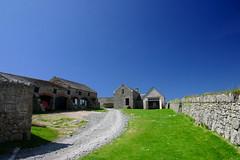 The Barn (MikeyGumn) Tags: blue sky blackandwhite green barn bristol countryside farm country bluesky lundy landsape bristolchannel uob sobs isleoflundy