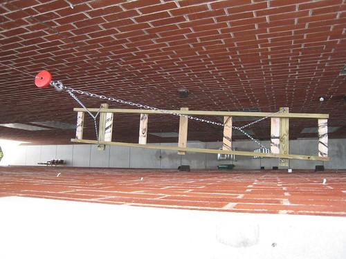 wood chicago 2008 cabelas hoist deckproject may2008 cabelaselectroniccablehoist electrichoist httpwwwcabelascomcabelasentemplateslinkslinkjsptypepodid0032469