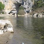 Erfrischung am Pont d'Arc thumbnail