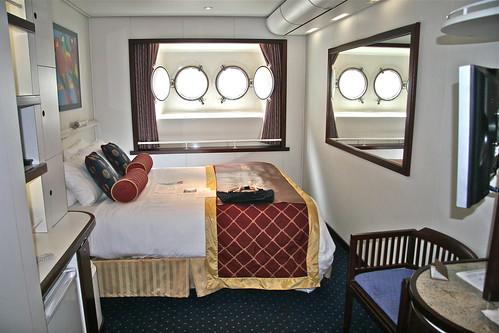 Suite DeLuxe con ventanas ojo de buey