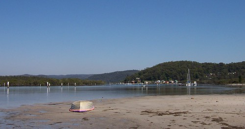 Rileys Island & Saratoga from Pyang Avenue Davistown pano