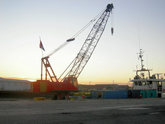 boat crane (scooby14) Tags: uk england boat suffolk crane lowestoft boatcrane