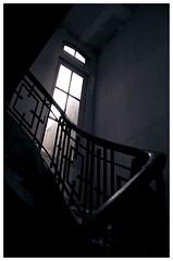 Frio (V for Valium) Tags: luz ventana stairway escalera baranda peldaos michelleblack