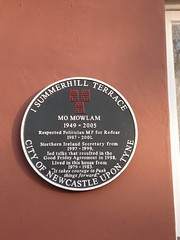 Photo of Mo Mowlam black plaque
