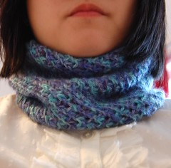 Diagonal Knit Cowl