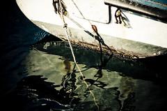 Mollate gli ormeggi / mooring rope (Alex Scarcella :: http://www.ccworld.it/) Tags: sea beach port boat fishing fisherman wire barca italia mare sailing gull liguria platform boa porto sail vela pesca spiaggia gabbiano buoy pescatore regata rete lerici banchina bagnarola