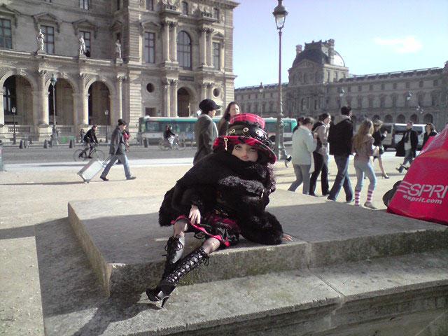 Sarah joue les touristes en solo à Paris 2303021824_13c1e07e29_o