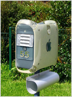Apple Mac mailbox