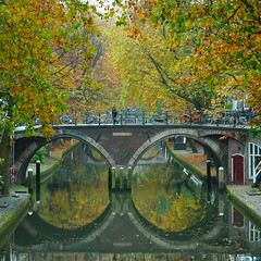 Autumn in the city (buteijn) Tags: city autumn holland fall reflections utrecht herfst nederland centrum grachten stad oudegracht bestofautumn