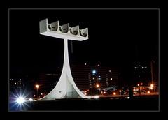 CAMPANARIO - FLICKR (claudio.marcio2) Tags: arquitetura architecture lights searchthebest noturna luzes nocturne brasilia oscarniemeyer allyouneedislove supershot goldenmix mywinners thepritzkerarchitectureprizeonflickr top20white wetraveltheworld wonderfulworldmix photonawardsgroup passionphotohraphy jesuisvenuevousdire