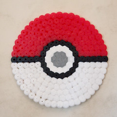 POKEBALL (Garumiru) Tags: pokemon llaveros hamabeads