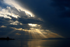 Sunshine Rays (Nino Roso) Tags: sea sky sun sunshine clouds island svjetionik