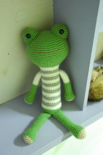 [毛線娃娃 ]條紋T 大眼蛙