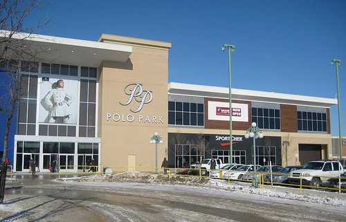 Polo Park Shopping Centre Holiday Hours Access Winnipeg
