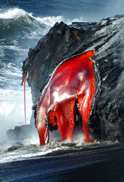 1909234574 6f268ed952 o Danger and Beauty of Hawaiian Volcanoes