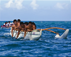 Canoe Racing (Bill Adams) Tags: sports hawaii highschool explore bigisland canoerace waiakea canonef70200mmf28lisusm kawaihae biif kuaana betterthangood