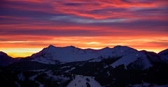Sunset at Avoriaz (tj.moore) Tags: sunset snow ski france wow soleil nikon du nikkor 18200 vr pds avoriaz portes blueribbonwinner