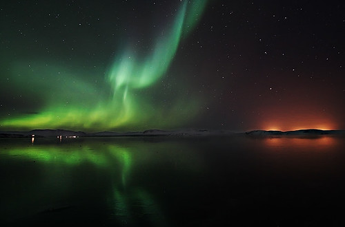 Aurora Reflected by orvaratli
