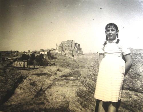Mi madre en el Cerro del Bú (circa 1955)