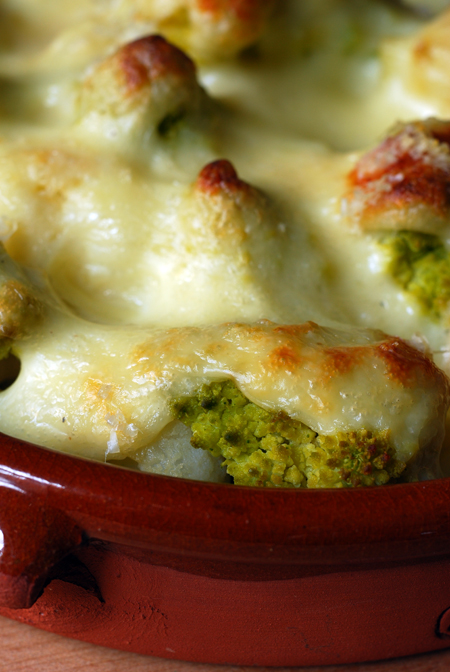 green and white cauliflower with béchamel