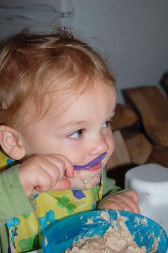 vaikas valgo kose