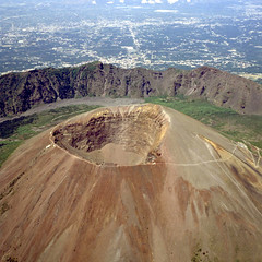 The  cinder cone of Vesuvius (Goldenpixel) Tags: italy nature napoli aerialphoto volcanoes vesuvio breathtaking ektachrome64 hasselblad500elm