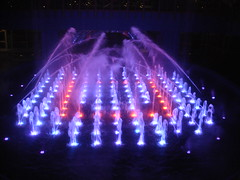 Musical Fountains at The Pier (teemus) Tags: red colour water hotel newjersey nj casino musical atlanticcity caesarspalace colourful fountains thepier usasepdec2007