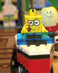 Spongebob takes boat driving lessons (Seattle rainscreen) Tags: macro toys patrick spongebob legos drivingschool g9 mrspuff