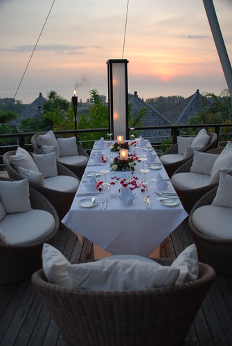 Dining at 360, Phuket Pavilions on Valentine's Day 2008