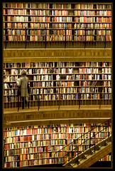 (_Josselien_) Tags: old woman color colour colors lines architecture stairs reading book boek interestingness topf50