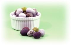 Mini Eggs (rjt208) Tags: green canon easter eos chocolate background shell mini bowl sugar eggs sweets scrumptious cadburys coated 400d anawesomeshot aplusphoto rjt rjt208